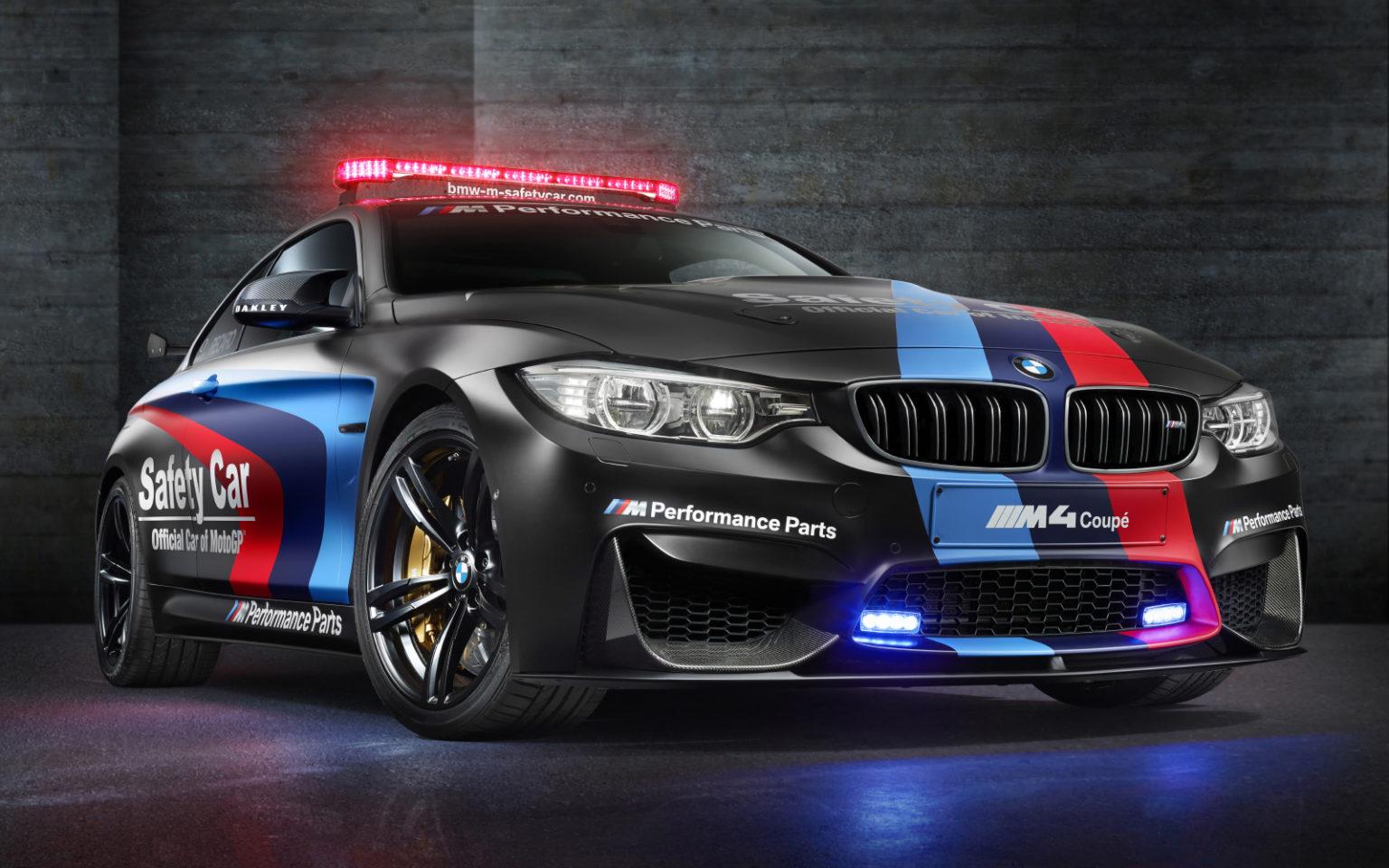 BMW_M4_SafetyCar_2015_schwarz-2